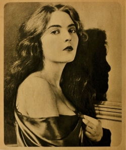 MoPicMag Oct 1923